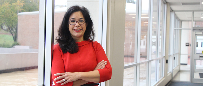 María E. Len-Ríos (MA '95) has assumed the responsibilities of associate dean of academic affairs at Grady College.