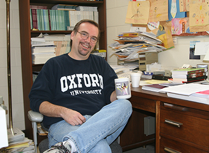 Barry Hollander taught in the Grady at Oxford summer program in 2006.