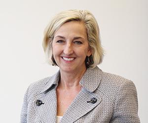 Julie Nolen